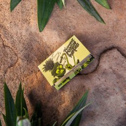 Pineapple Kush Papers Sticky Size 100 sheets unbleached